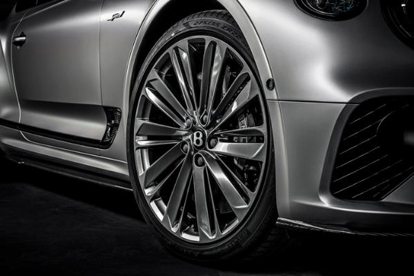 宾利欧陆GT Speed官图发布 搭载6.0T W12发动机 零百加速3.6秒