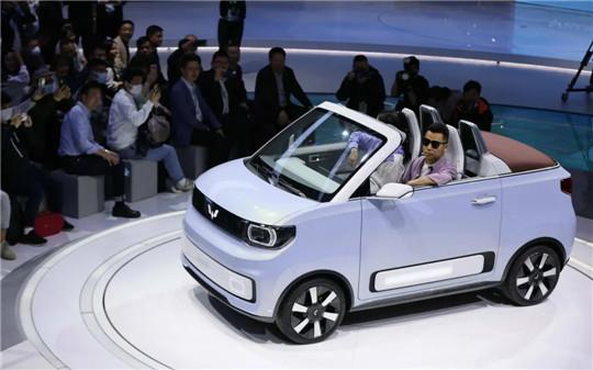 """欧洲""""爱上""""中国廉价电动车?"""