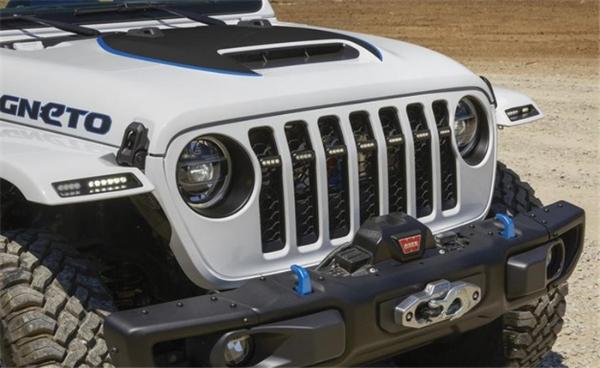 Jeep Magneto概念车官图,电动硬派SUV?