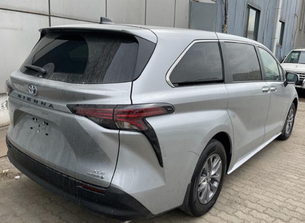 全新丰田塞纳实拍图曝光 国产车型明年12月上市