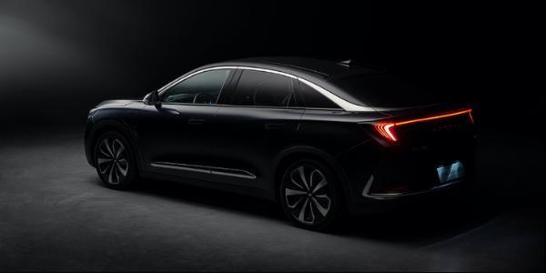 极狐阿尔法S 4月17日正式发布 采用华为智能汽车解决方案