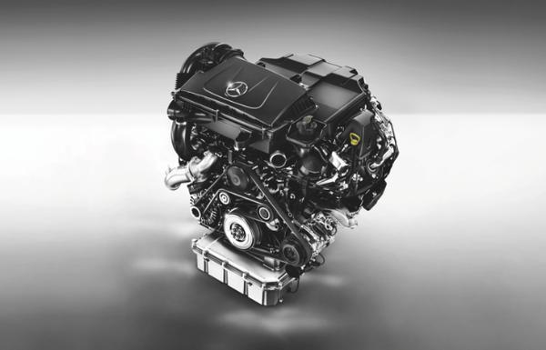 2021款奔驰威霆正式上市 搭2.0T发动机/换装9挡自动变速箱