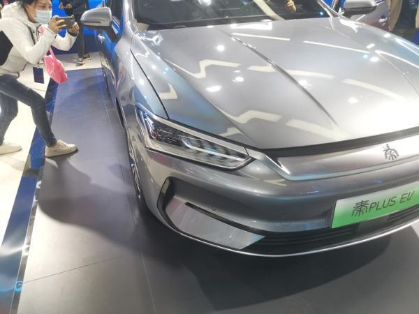 比亚迪秦PLUS EV正式上市 售价12.98-16.68万元 更换全新刀片电池