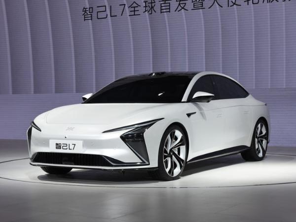 2021上海车展:智基汽车旗下首款纯电动汽车预售