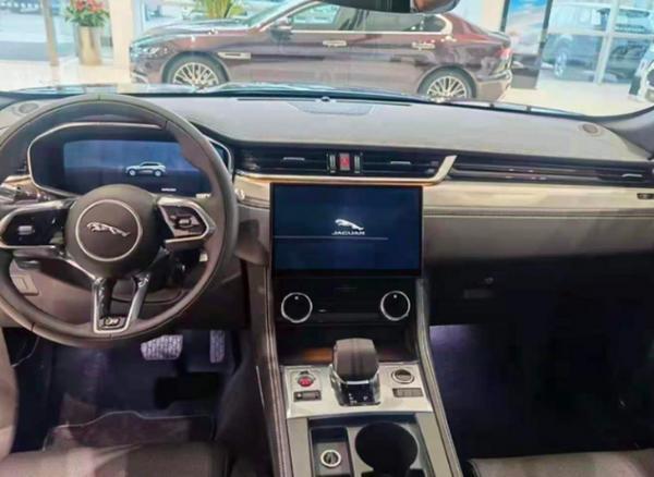 上海车展期间捷豹品牌车型曝光 F-PACE/XFL同时发布
