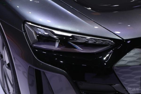 上海车展:奥迪RS e-tron GT现身展台