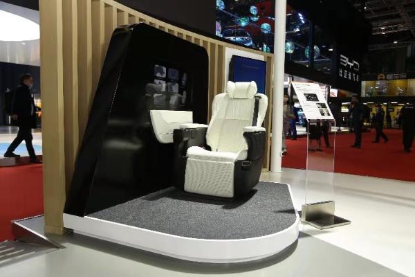 【车展·聚焦】以智慧座舱为新抓手,丰田纺织迎业务转型关键期