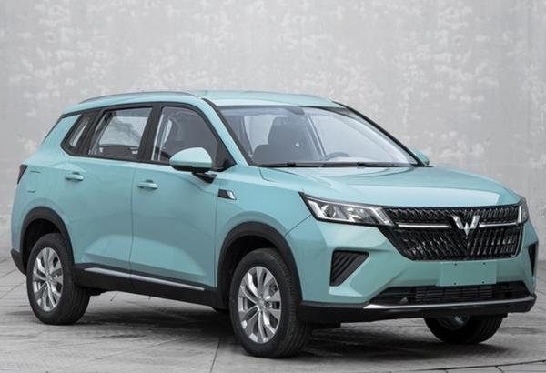 五菱陈星 品牌更名后的第一款运动型多功能车 在上海车展亮相