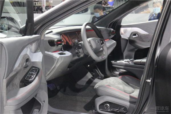 上海车展中高端新能源轿车盘点,各个都是国货之光