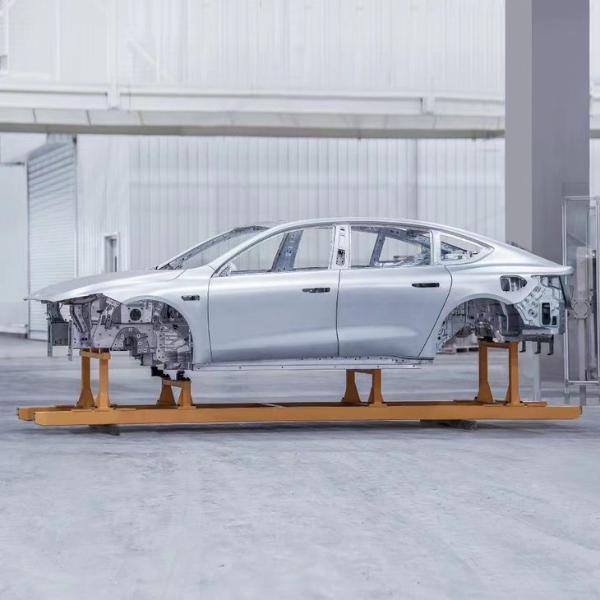 蔚来ET7首台生产线车身正式下线 新车续航里程将超1000km
