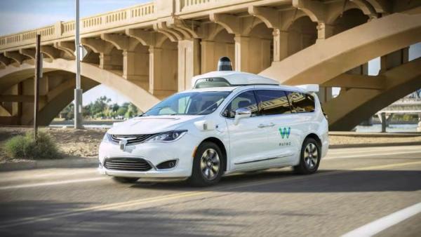 突发:谷歌Waymo掌门人离职,无人驾驶商业化落地困难重重