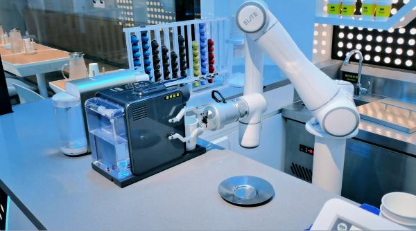 艾利特机器人完成2亿元B1轮融资,加速协作机器人全球化规模落地