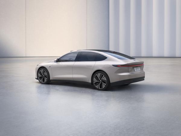 蔚来ET7首台白车身下线 2022年一季度陆续交付