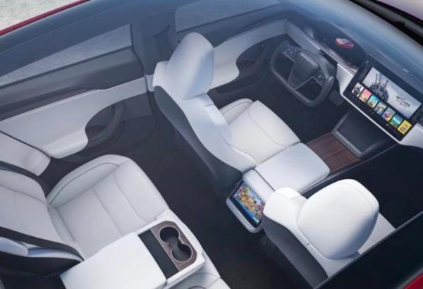 又因安全问题? 特斯拉 Model S Plaid延期交付