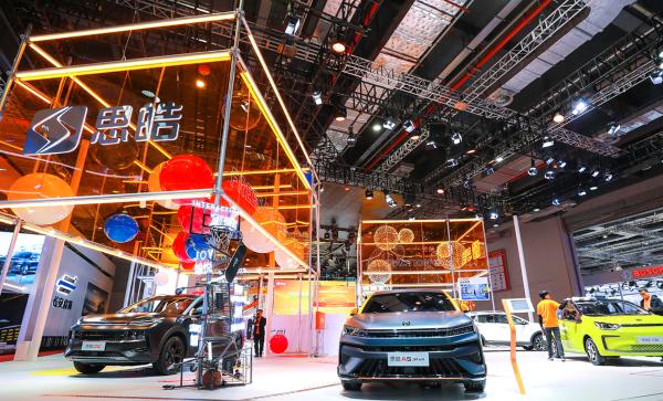 江淮汽车:1-4月累计销量19.95万辆,同比增长139.24%