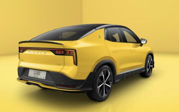 全新爱驰U6正式开启预售 将年内陆续交付