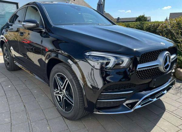 奔驰GLE Coupe实拍图曝光 配备4MATIC四驱系统