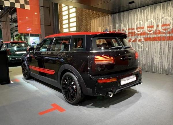 MINI JCW两款新车型上市 其售价40.68万元