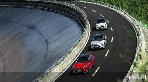 """零百加速进5秒的""""超大杯""""——试驾广汽丰田威兰达高性能版"""