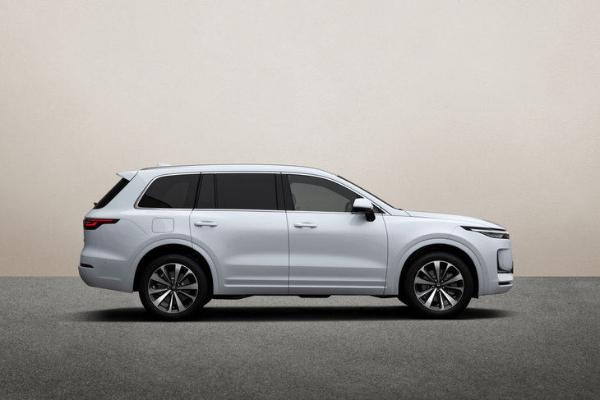 预计年产能达30万辆 理想汽车将收购北京现代一工厂