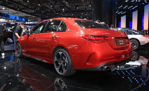 新一代国产奔驰C级消息 或8月份上市 轴距加长89mm