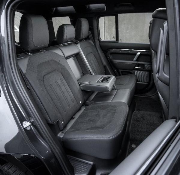 2022款路虎卫士110上市 3款车型 售价84.8万元起