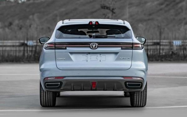 长安UNI-K PHEV车型申报图曝光 百公里油耗仅为0.8L