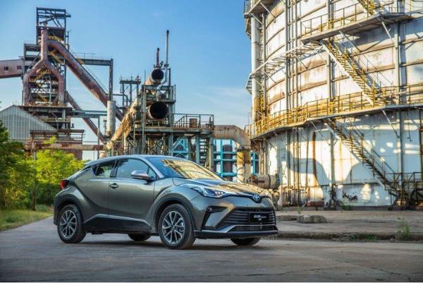 新增混动版本车型 丰田奕泽IZOA将于今日正式上市