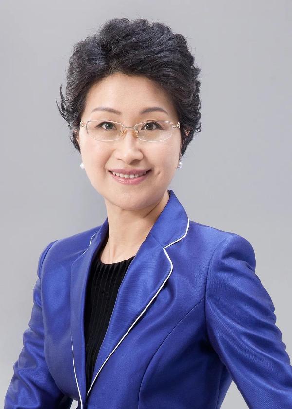 杨美虹加盟福特中国 任传播及企业社会责任副总裁