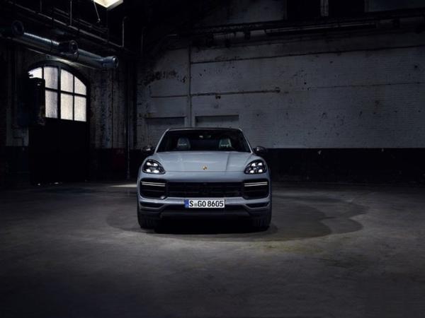 保时捷Cayenne Turbo GT开启预售 动力提升明显