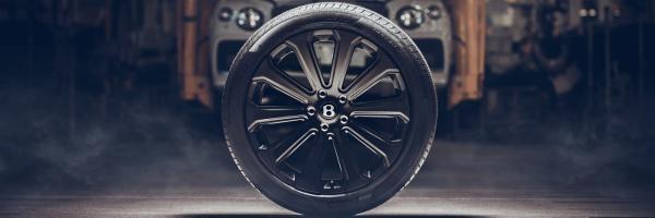 宾利开发出新型22英寸碳纤维轮毂 专为添越打造