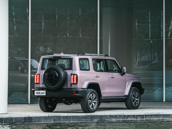 坦克300城市版7月24日上市 换新LOGO 粉色涂装