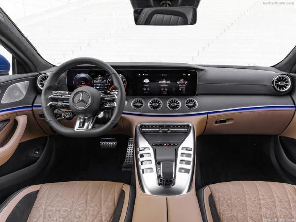 新款梅赛德斯-AMG GT海外开售 起售价约合人民币74.2万元