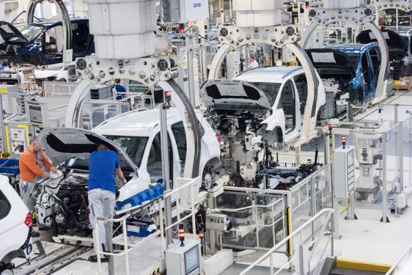 供应链困境持续 德国大幅下调汽车产量预测