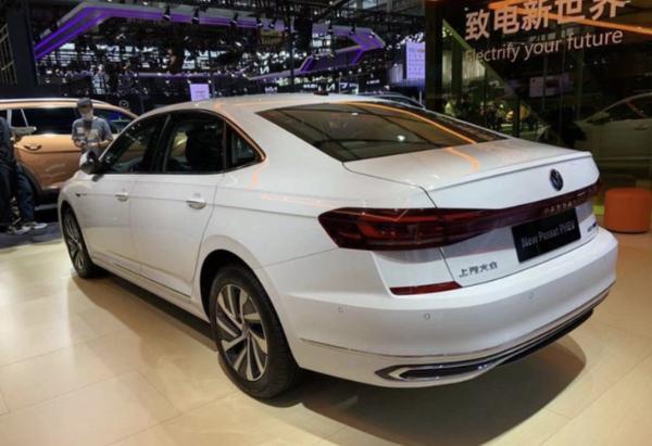 2021粤港澳车展:上汽大众新款帕萨特家族正式首发亮相