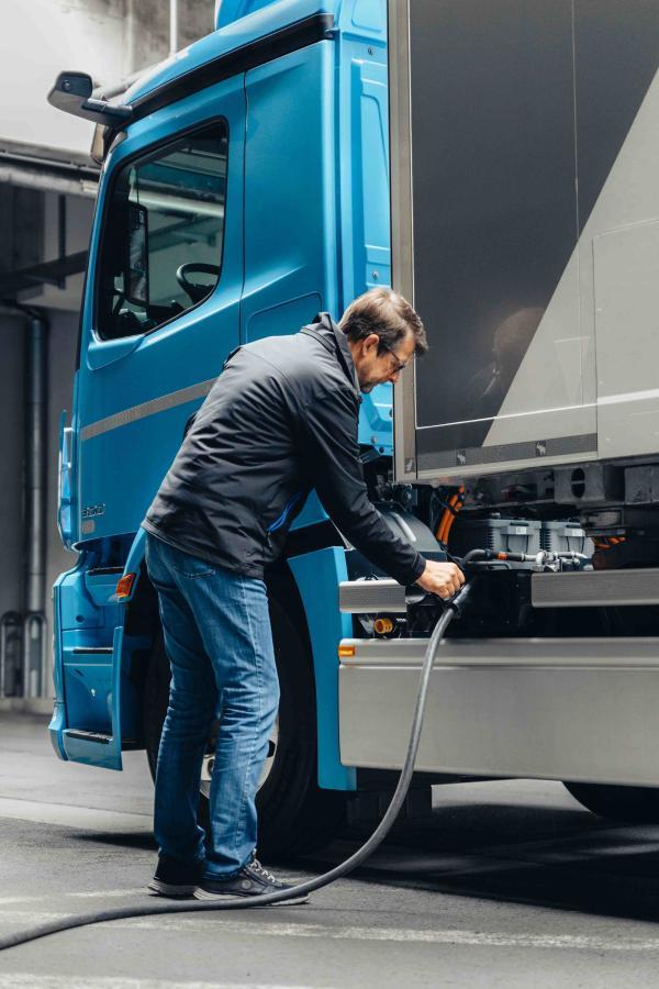 梅赛德斯-奔驰eActros纯电动卡车将首先在欧洲