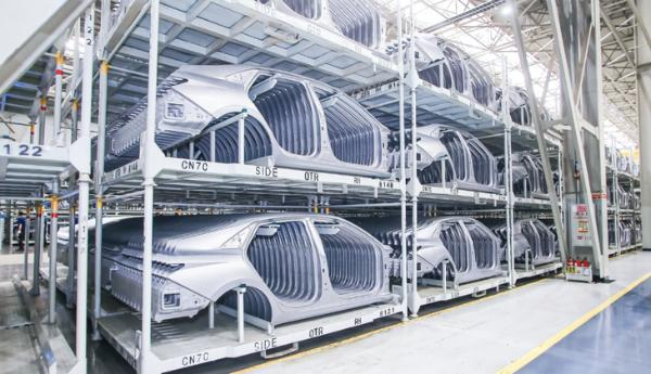 """探访杨镇工厂 诠释真正的""""现代""""技术"""