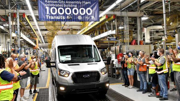 福特全顺北美总产量达100万辆