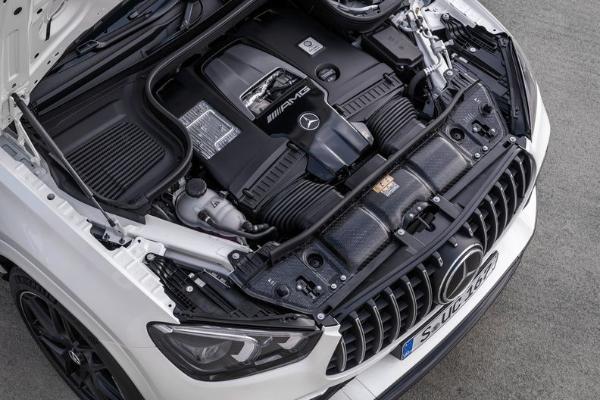芯片短缺导致梅赛德斯奔驰暂停销售V8发动机车型