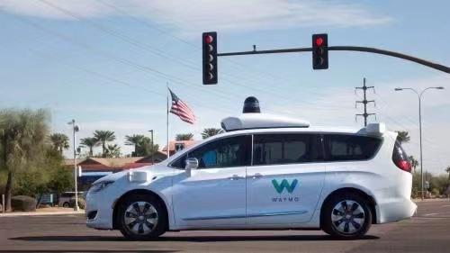 自动驾驶公司造车,是入局还是破局?