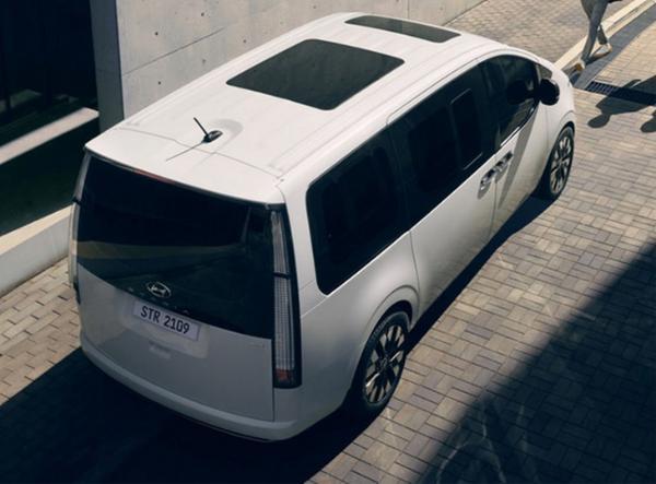 现代汽车推全新MPV车型 本月公布售价 两款动力供选择