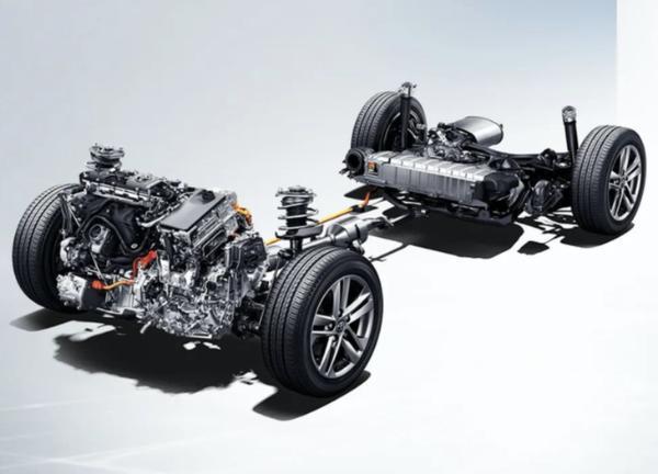 全新一代国产汉兰达正式下线 26.88万元起售 搭2.5L双擎动力