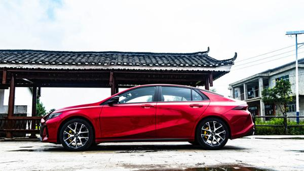 广汽传祺影豹延期上市 将推4款车型 预售9.88万元起