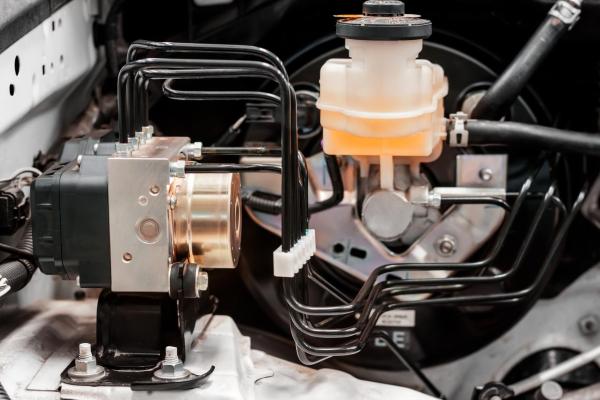 索尔维推出新牌号KetaSpire PEEK 可在EV组件中替代铝