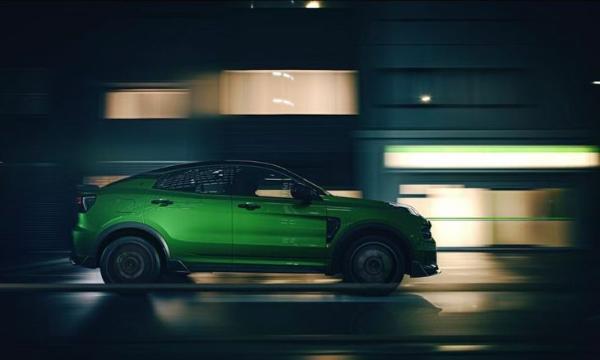 领克05+官图发布 配专属绿色车漆 碳纤维套件拉满