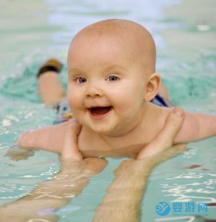 每位宝宝都有的游泳天赋,可不能毁在家长的懒惰和放弃