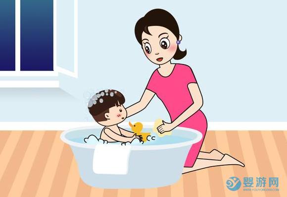 在家给孩子洗澡用甲醇取暖意外烧伤,家长无知娃遭殃