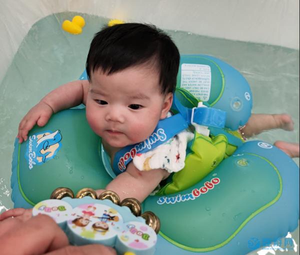 春天宝宝游泳的注意事项有哪些?看完这些心里有数