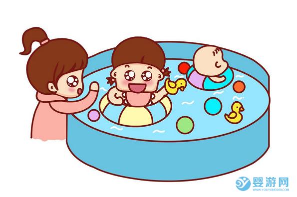 带还不记事的孩子去旅游?远不如带他去婴儿游泳馆