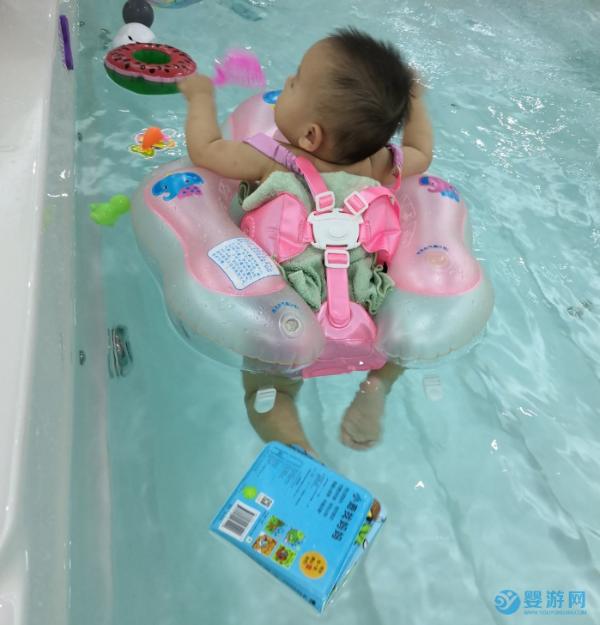 经常参加游泳的宝宝就是优秀,不接受任何反驳